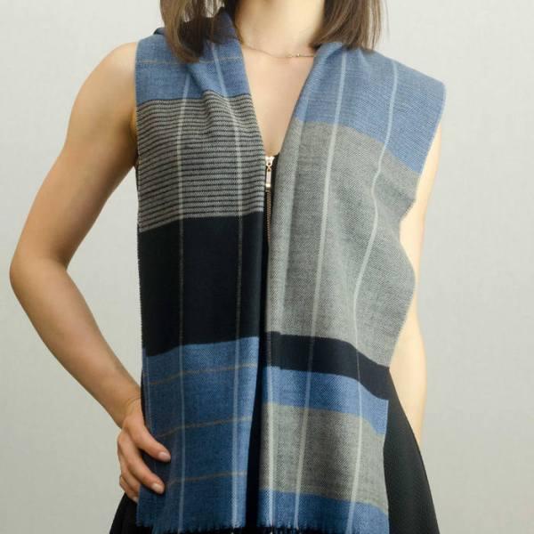 Woven Cashmere Feel Plaid Scarf Z40 Blue/Grey 2