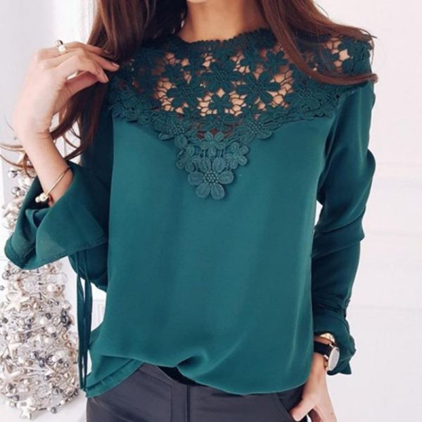 Sexy Flare Sleeve Lace Patchwork Blouse 2