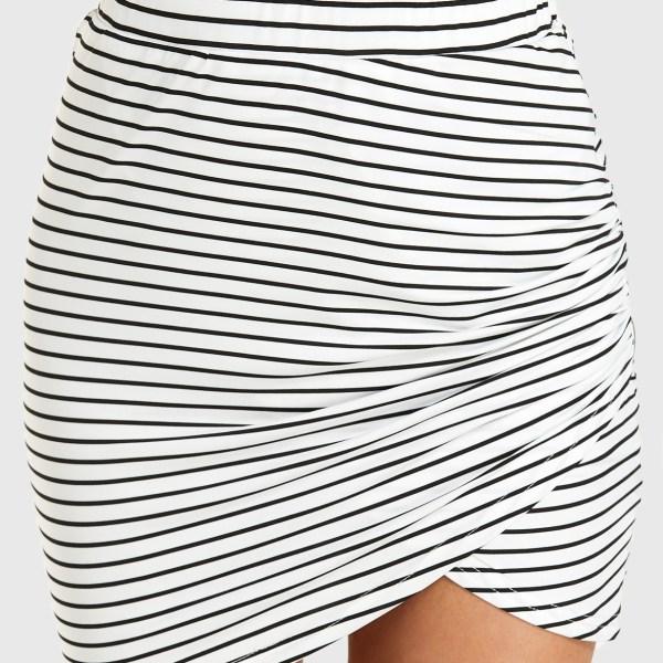 YOINS White Stripe Twist Mini Skirt 2