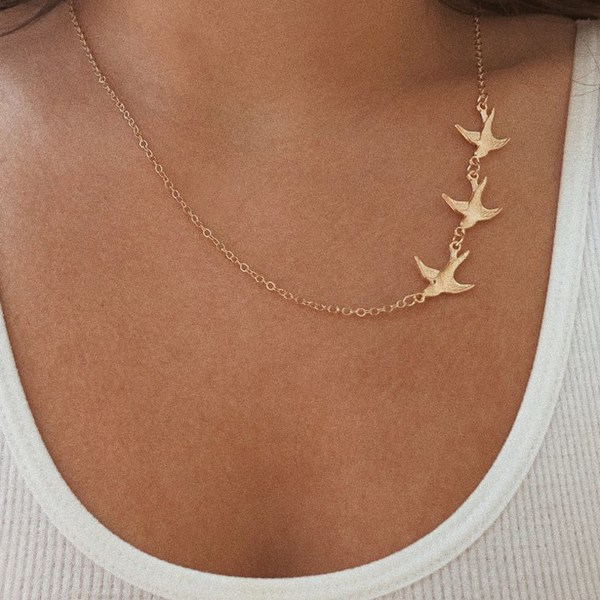 Three Swallows Simple Gold Necklace 2