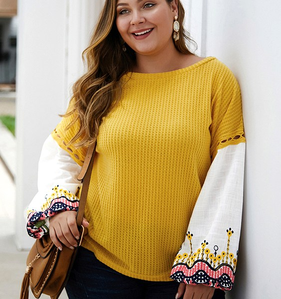 Plus Size Yellow Patchwork Embroidered Round Neck Sweater 2
