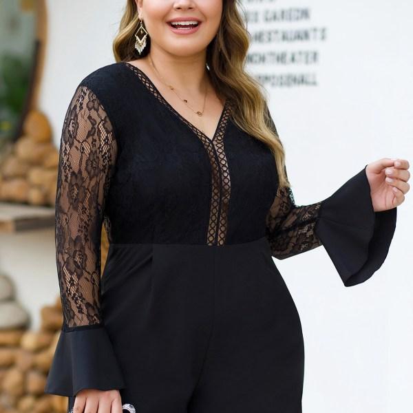 Plus Size Black Lace Design V-neck Long Sleeves Playsuit 2