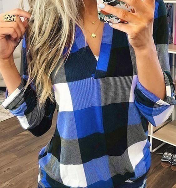 Blue Color Block Check V-neck Curved Hem Blouse 2