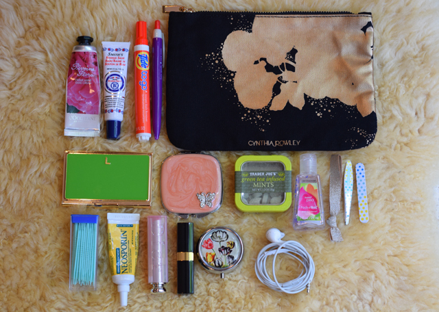 A Day In The Lalz Lifestyle Blog Purse Organization