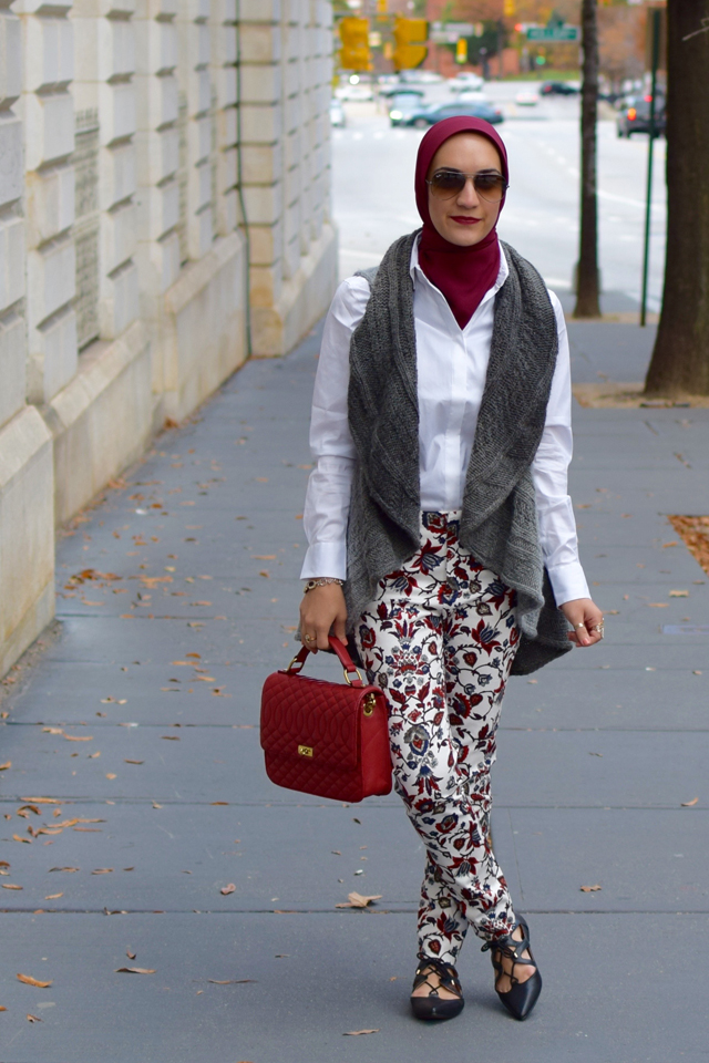 A Day In The Lalz; Fashion Blog; Modesty; Fall Fashion; Zara Printed Trousers: Oversized Loft Shirt; Haute Hijab; J.Crew Edie Purse; Sweater vest; Streetstyle modest fashion