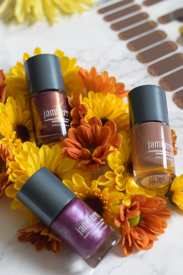 A Day In The Lalz; Jamberry Nails, Nail Wraps, Nail Lacquer, Beauty Blog, Fall Nails, Apple Cider Nail Wrap; Fall Fancy Nail Wrap; Thanksgiving Nail Inspiration; Nail Design