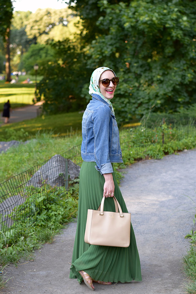 Green Pleated Maxi Skirt-Summer Style-Denim Jacket-Haute Hijab Scarf-Hijabi-Fashion Blogger-Central Park-Summer in NYC Fashion-Kate Spade Handbag-Modest Fashion