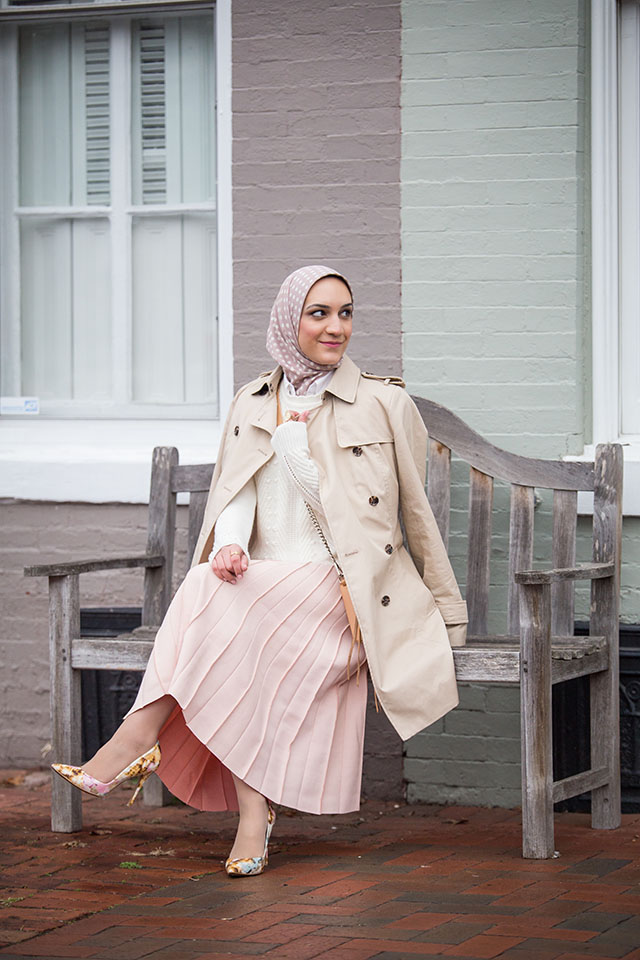 Banana Republic Trench-Pink Pleated Midi Skirt-Kate Spade Strip Umbrella-MAC Please Me Lipstick-Rainy Day Outfit-Pink Heels-fashion Blogger-Modest Fashion