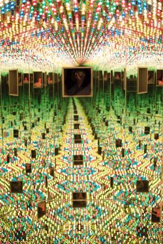 Yayoi Kunama Infinity Rooms, Hirschhorn Museum, Washington DC, Smithsonian Exhibit, Travel Blog, Love Forever