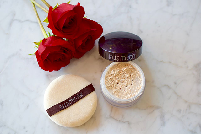 Laura Mercier Translucent Loose Setting Powder - Beauty Blog - Product Review - Makeup Routine