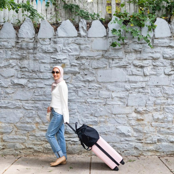 What To Pack in Your Carry-On // International Flights
