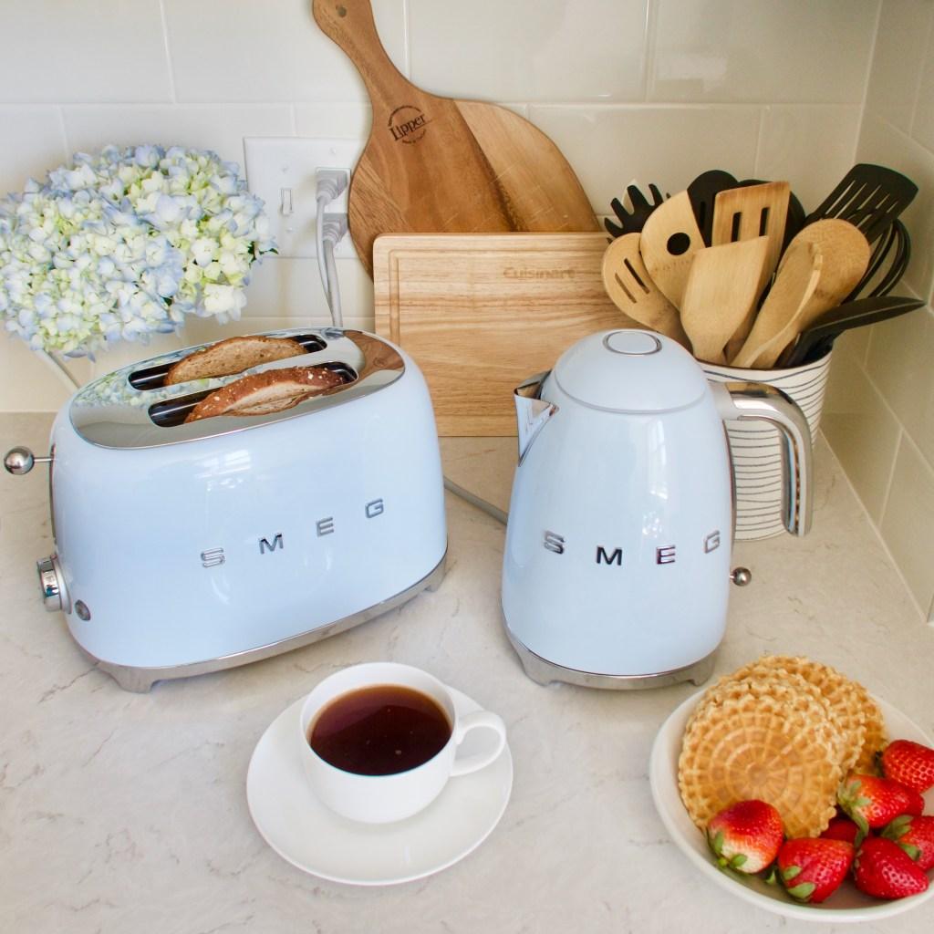 Smeg-Retro Kitchen Appliance-Smeg Toaster-Lalz