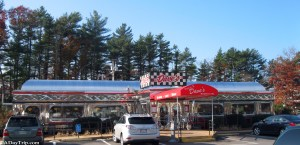 Dave's Diner Middleboro offers a 1950's diner feel