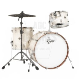 Gretsch Renown Maple 3-piece shell-pack in Vintage Pearl.