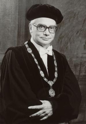 Prof. Drs. D. Deddens