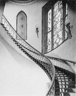 Main staircase c. 1880 Copyright: http://www.rcahms.gov.uk