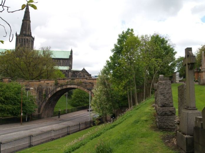 Glasgow Cathedral and Bridge of Sighs over Wishart Street and the buried Molendinar Burn (Docbrown)