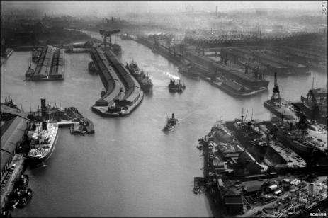 Aerial photo of Finnieston, Glasgow, on 24 March 1950