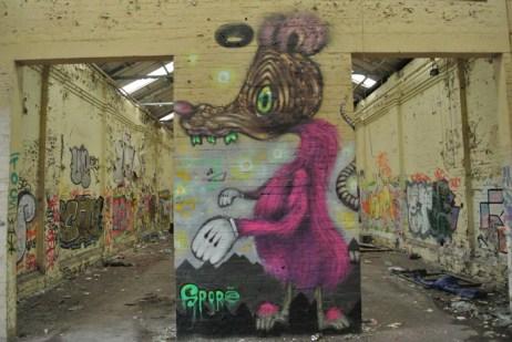 abandoned-factory-glasgow-graffiti11