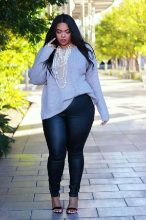 Casual And Comfy Plus Size Fall Outfits Ideas35