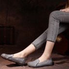 Classy Business Women Outfits Ideas With Flat Shoes23