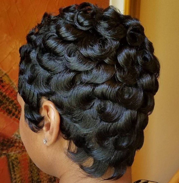 Cool Natural Hairstyles For African American Women24