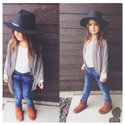 Cute Adorable Fall Outfits For Kids Ideas29