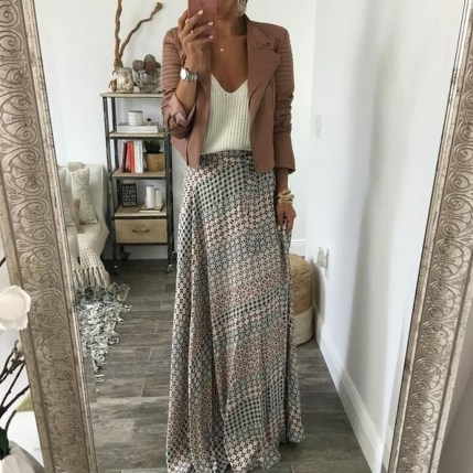Cute Maxi Skirt Outfits To Impress Everybody07