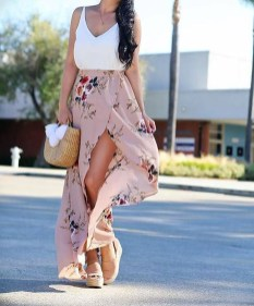 Cute Maxi Skirt Outfits To Impress Everybody10
