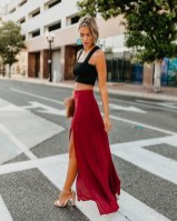 Cute Maxi Skirt Outfits To Impress Everybody17