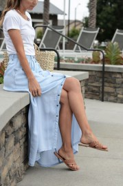 Cute Maxi Skirt Outfits To Impress Everybody28