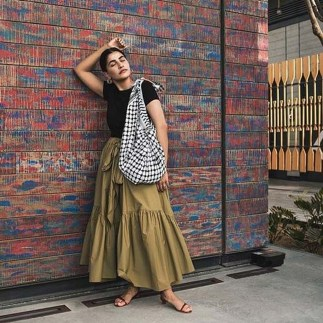 Cute Maxi Skirt Outfits To Impress Everybody40