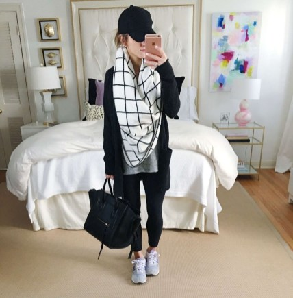 Cute Outfits Ideas With Leggings Suitable For Fall26