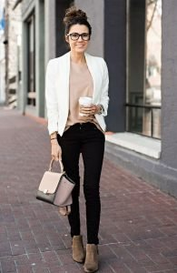 Fantastic And Gorgeous Professional Outfit To Wear This Fall05