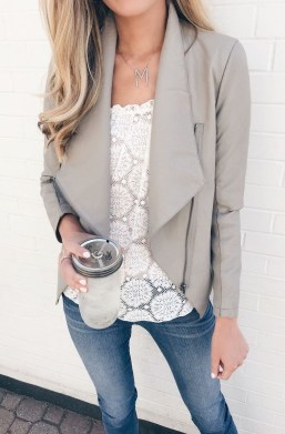 Lovely Fall Outfits Ideas To Try Right Now08
