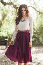 Modest But Classy Skirt Outfits Ideas Suitable For Fall28