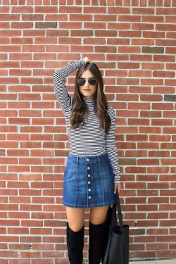 Modest But Classy Skirt Outfits Ideas Suitable For Fall44