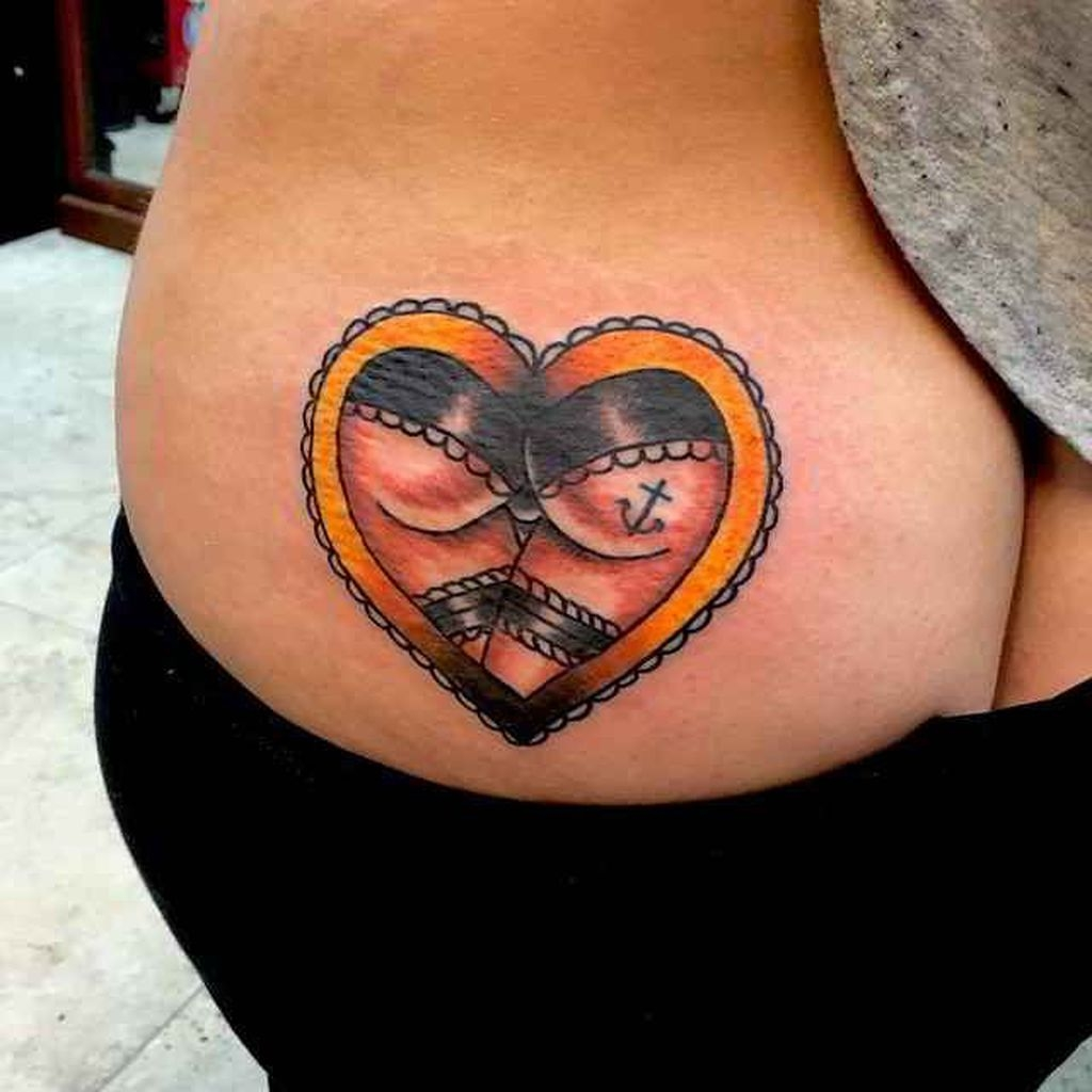 Simple But Meaningful Tattoo Ideas For Women12