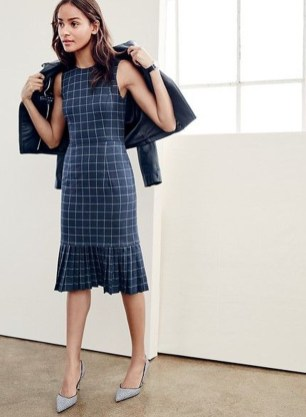 Stylish Work Dresses Inspirations Ideas To Wear This Fall36