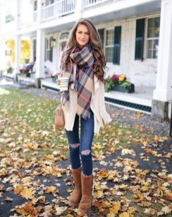 Trending Fall Outfits Ideas To Get Inspire02
