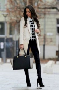 Amazing Classy Outfit Ideas For Women07