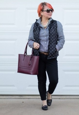 Amazing Looks For Over 40 Women Inspiration17
