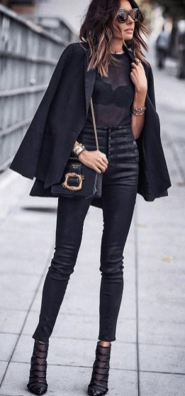 Amazing Winter Outfit Ideas For Women12