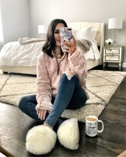 Amazing Winter Outfit Ideas For Women22