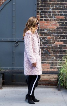 Amazing Winter Outfit Ideas For Women28