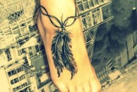 Awesome Feather Tattoo Ideas12