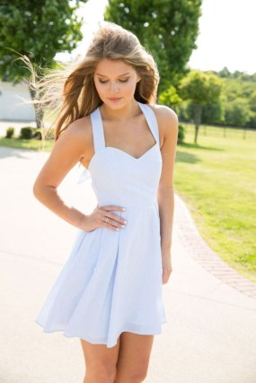Charming Summer Outfits Ideas To Copy Right Now09