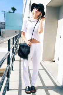Charming Summer Outfits Ideas To Copy Right Now30