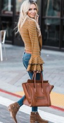 Cute Forward Fall Outfits Ideas To Update Your Wardrobe21