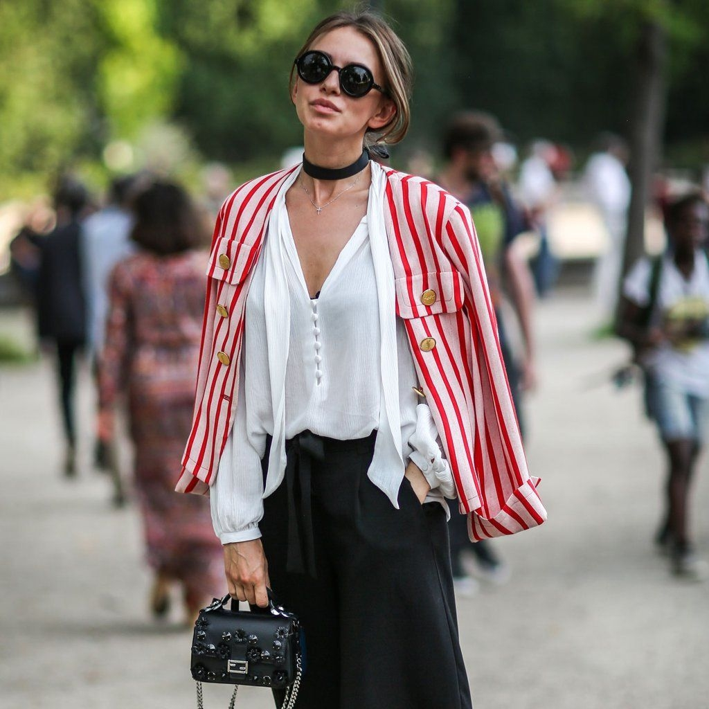 Cute Forward Fall Outfits Ideas To Update Your Wardrobe43